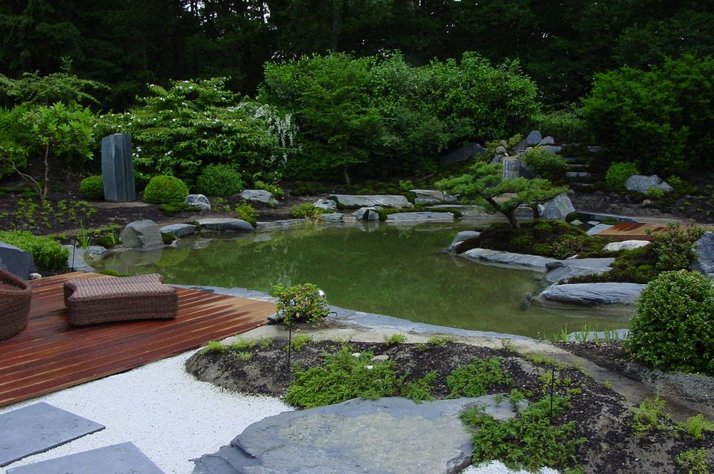 japan garten kultur gestaltet einen japanischen garten mit teich in grossensee. Black Bedroom Furniture Sets. Home Design Ideas